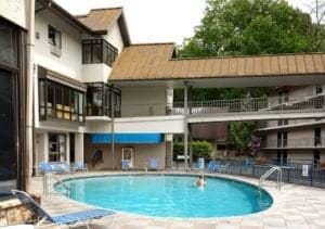 The outdoor swimming pool at Sidney James Mountain Lodge in Gatlinburg.