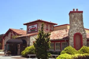 5 Best Pizza Places in Pigeon Forge You Have to Try